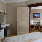 romance_hotel_family_room_03