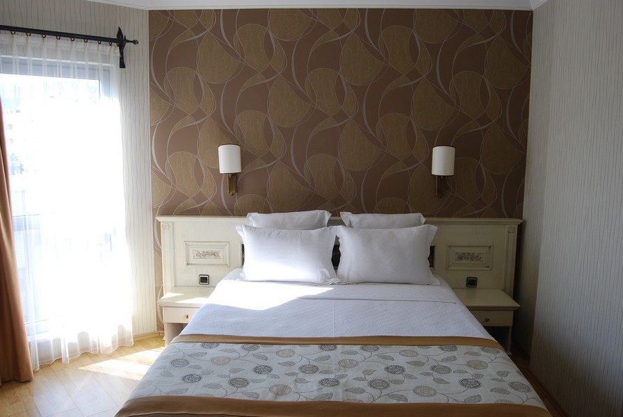 romance_hotel_family_room_04